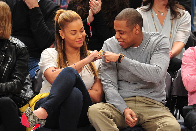 Jay-Z-And-Beyonce-Fist-Bump.jpg