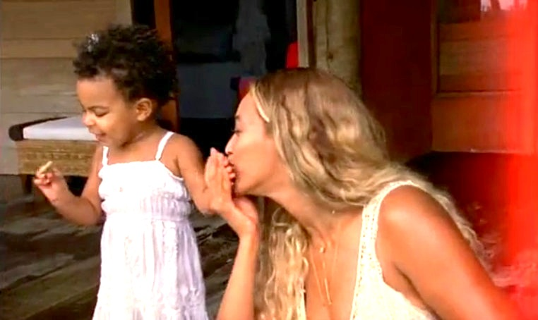 Blue-Ivy-and-Beyonce.jpg