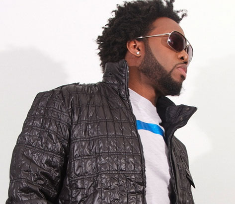 Dwele looking hot with a jacket on.jpg