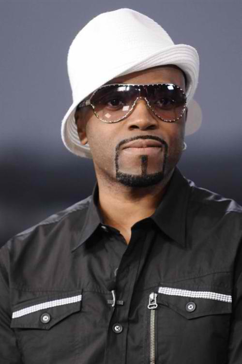 Teddy Riley looking hot with a white hat on.jpg