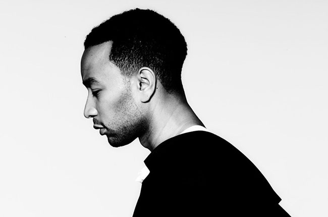 a hot side profile view of John Legend before he ruined his life by getting married to the evil Chrissy Teigen.jpg