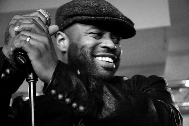 Black Thought smiling and looking hot.jpg