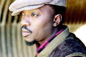 Anthony Hamilton looking hot as fuck in the sunlight omfg.jpg
