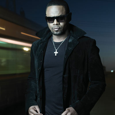 Carl Thomas looking hot and goth.jpg