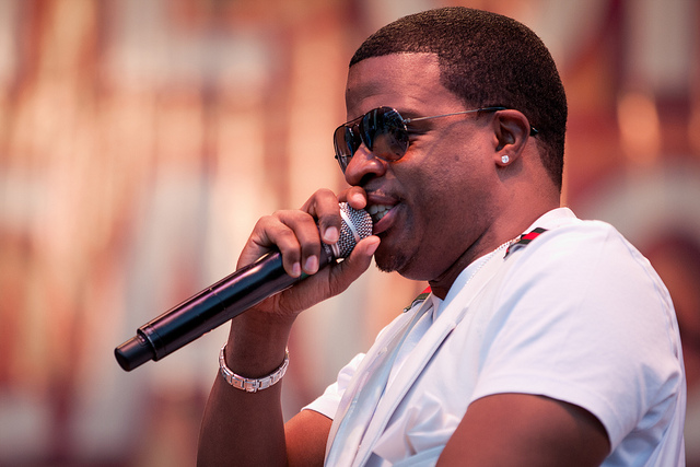Ricky Bell singing on stage.jpg