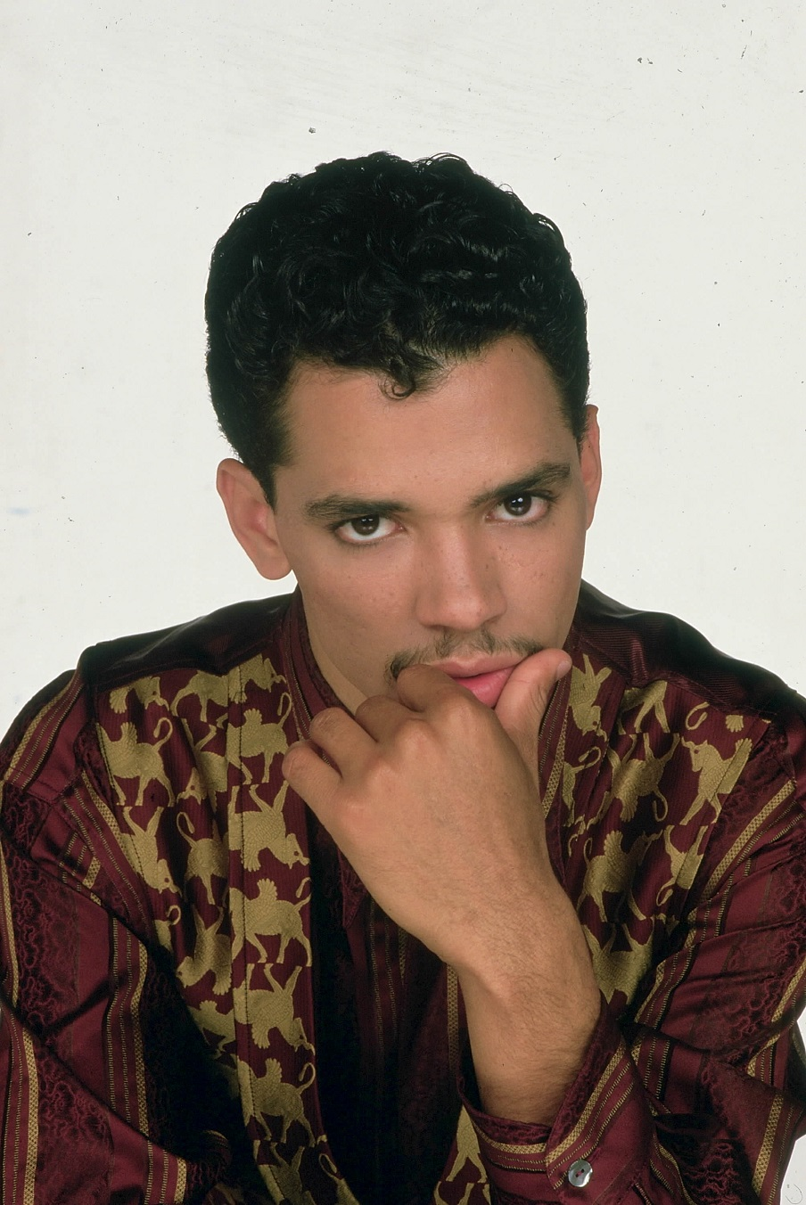 El DeBarge looking really hot with his huge eyes staring right at you because he's hot.jpg