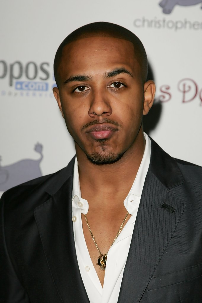 Marques Houston and his very expressive eyebrows looking so hot omg.jpg