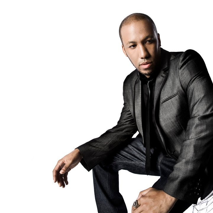 Vikter Duplaix looking extremely hot as he looks off to the side.jpg