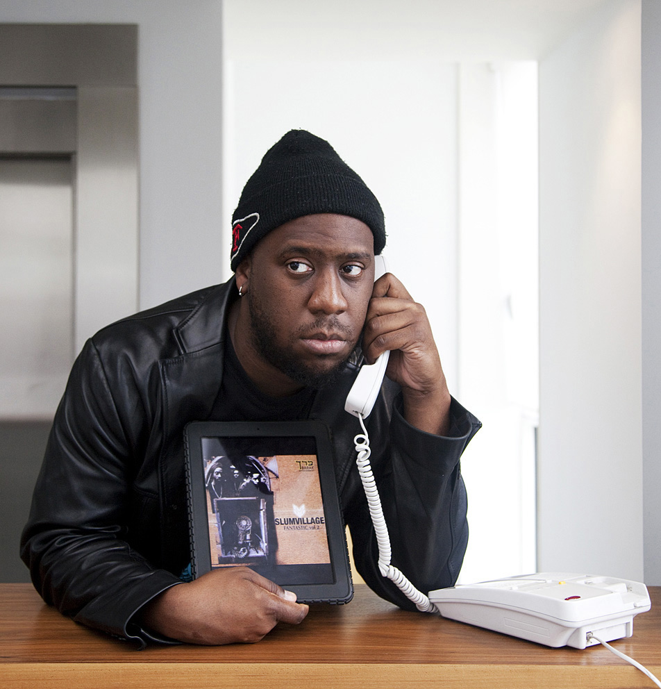 Robert Glasper in Alicia Keys mode aka on the phone.jpg