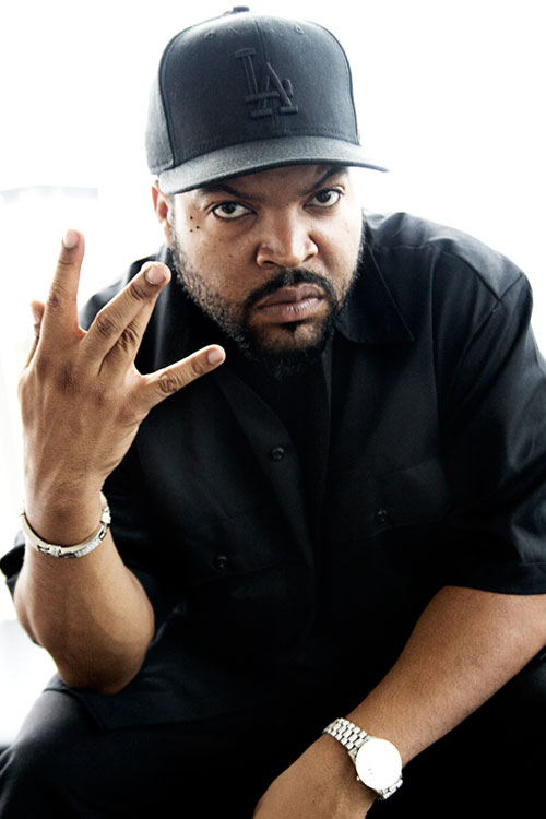Ice Cube throwing west side.jpg