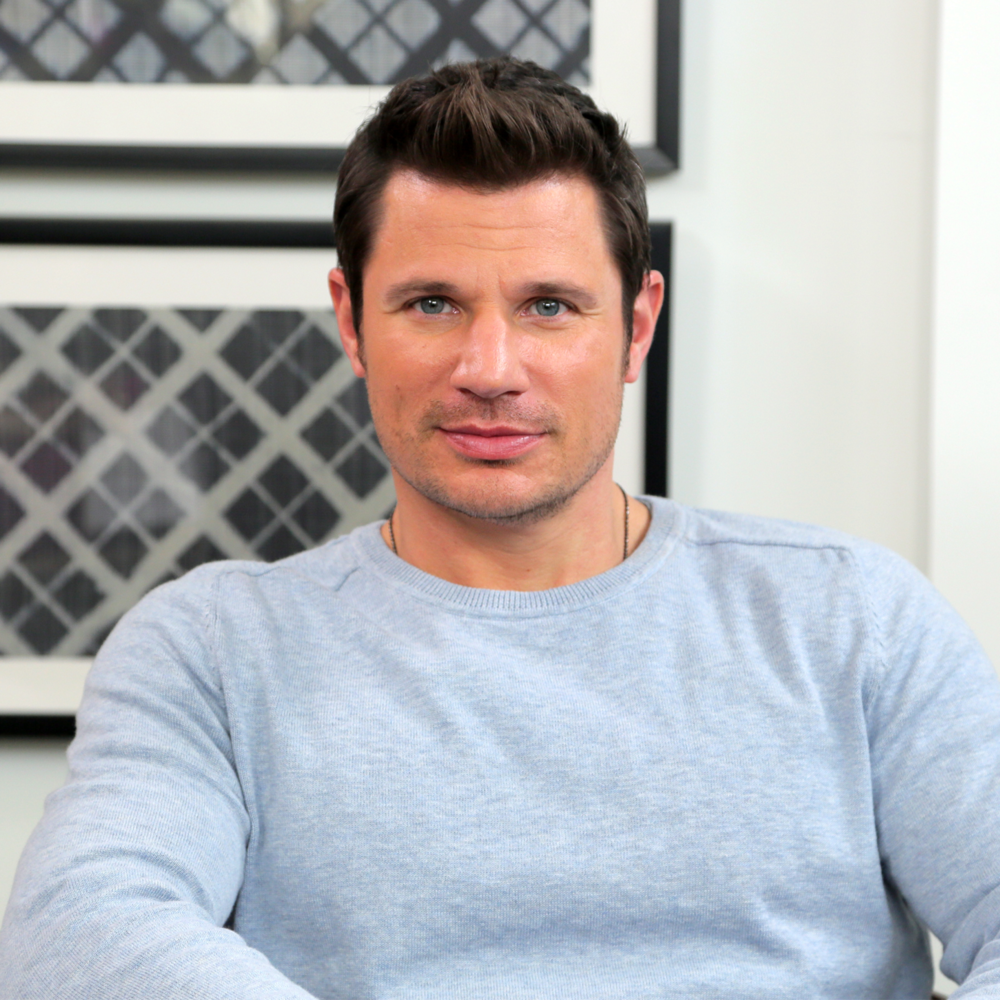 Nick Lachey looking hot in a long sleeved shirt.jpg