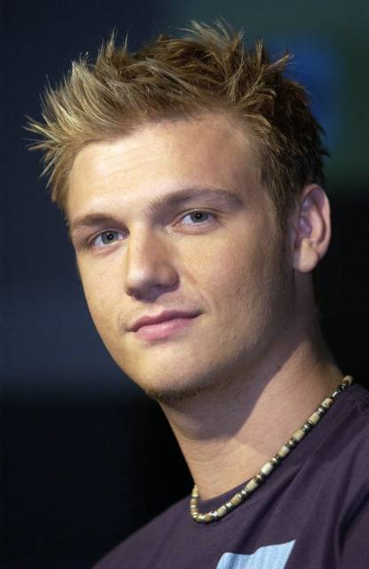 Nick Carter looking hot in his early 20s.jpg