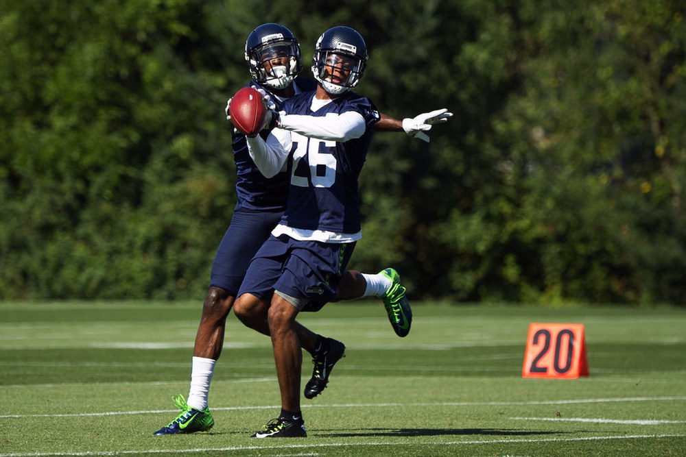 Cary Williams looking hot af at practice.jpg
