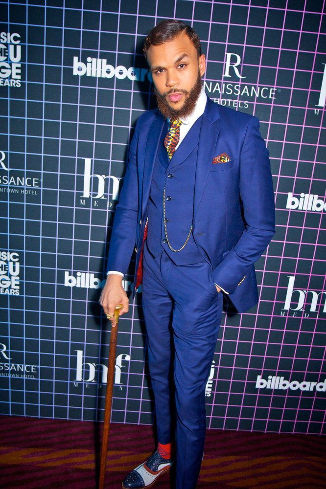 Jidenna being incognito because he's slender man.jpg