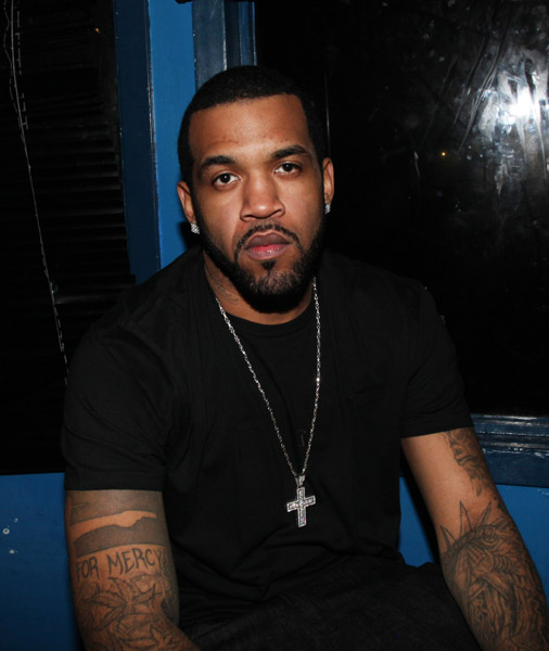 Lloyd Banks looking hot in a black shirt again.jpg