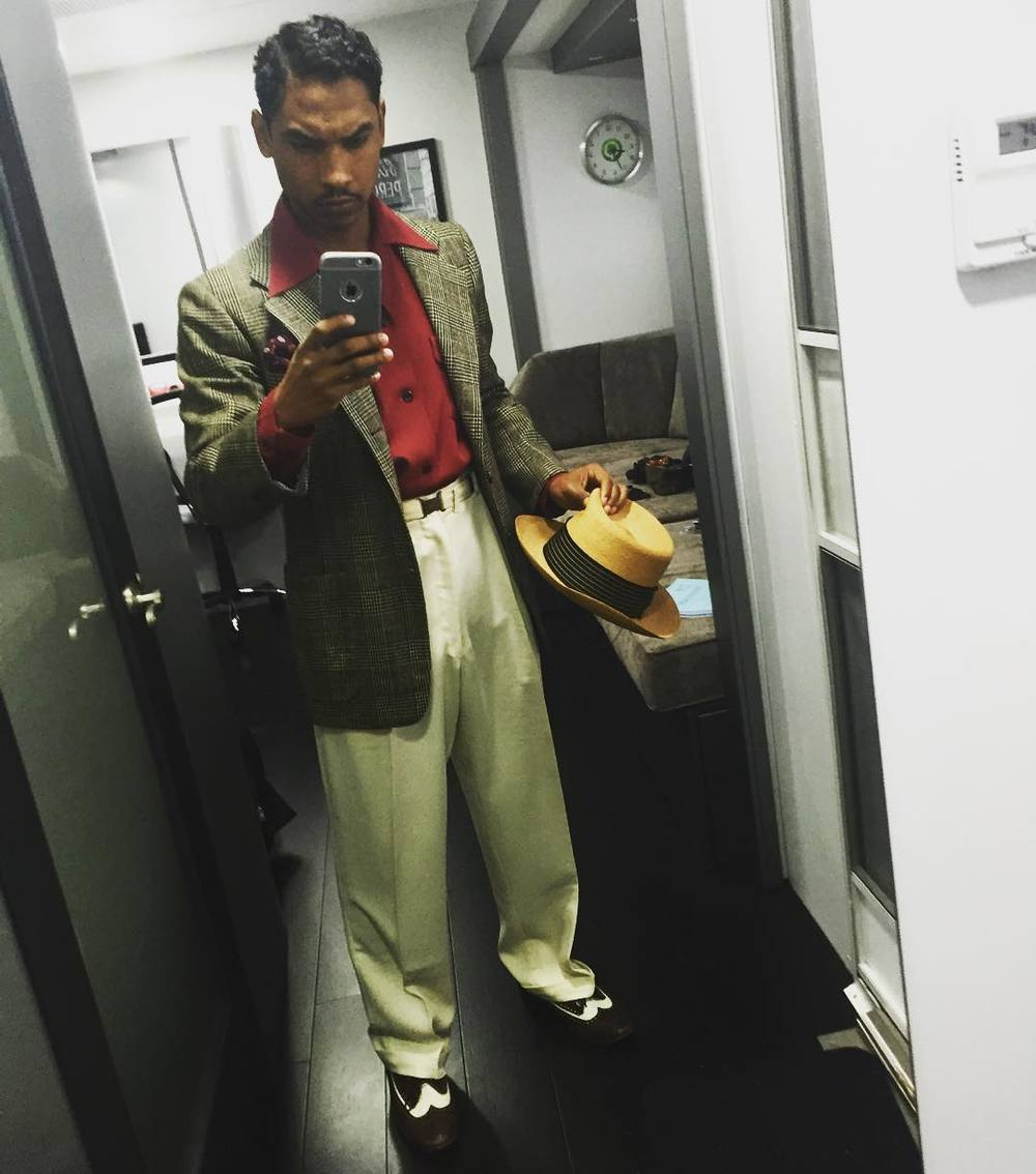Miguel taking a selfie as Esteban in the Live By Night film.jpg
