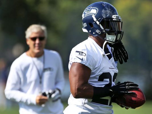 Fred Jackson looking hot at practice with Pete Carroll in the back looking cool.jpg