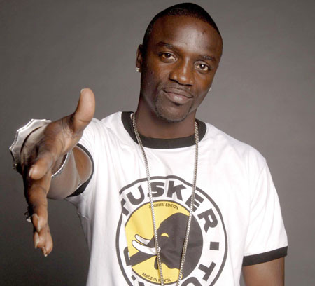 Akon holding his hand out for a handshake because he's a real gentleman.jpg