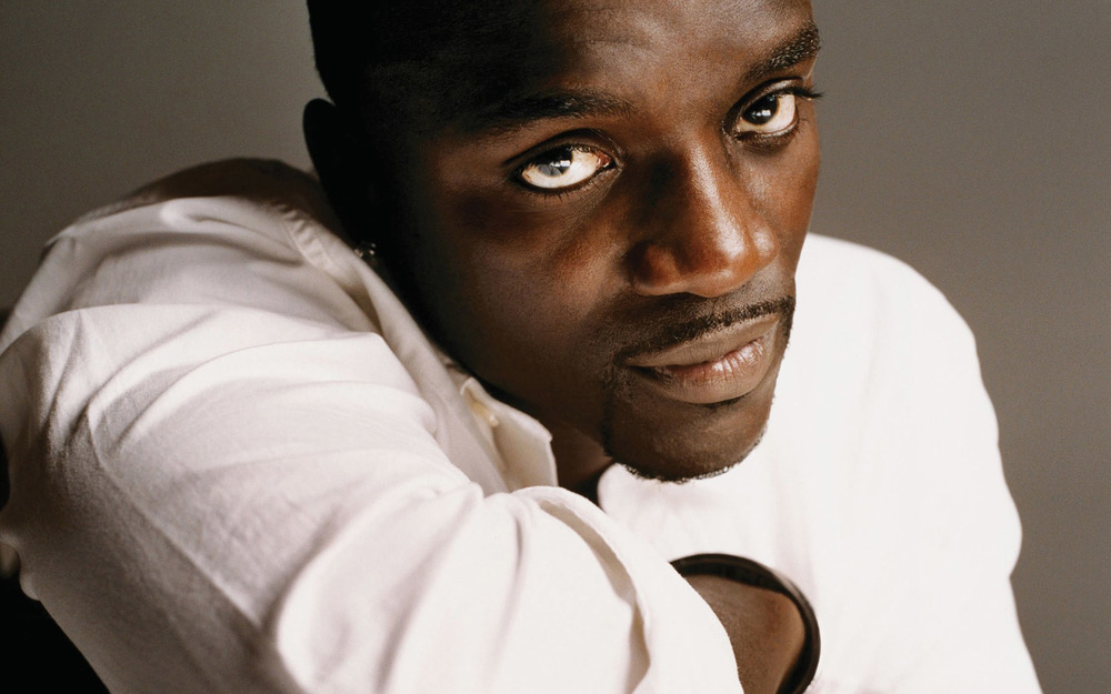 Akon and his gorgeous eyes omfg.jpg