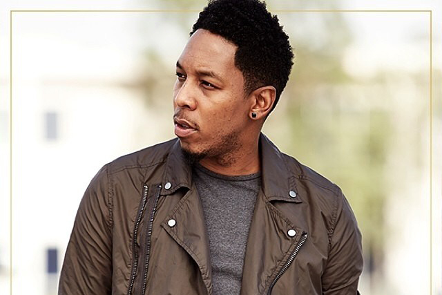 Deitrick Haddon looking hot with a side pic.jpg