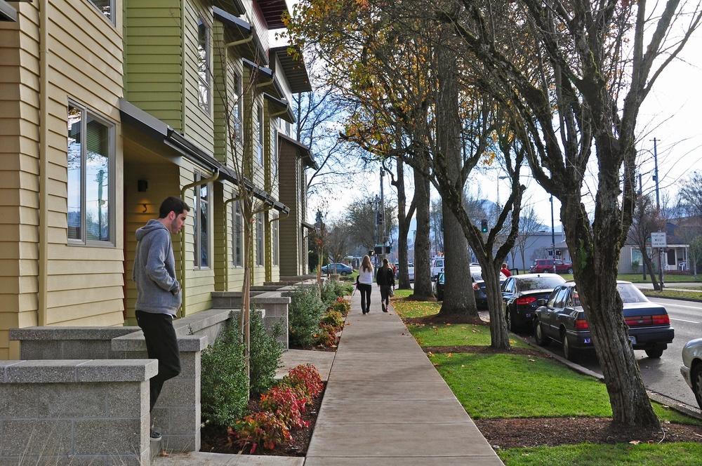 1015_09_OTown_Sidewalk.jpg