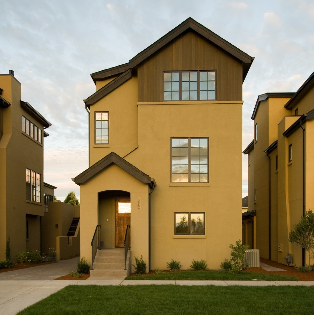 0517_12_CVTownhomes_Vertical2.jpg