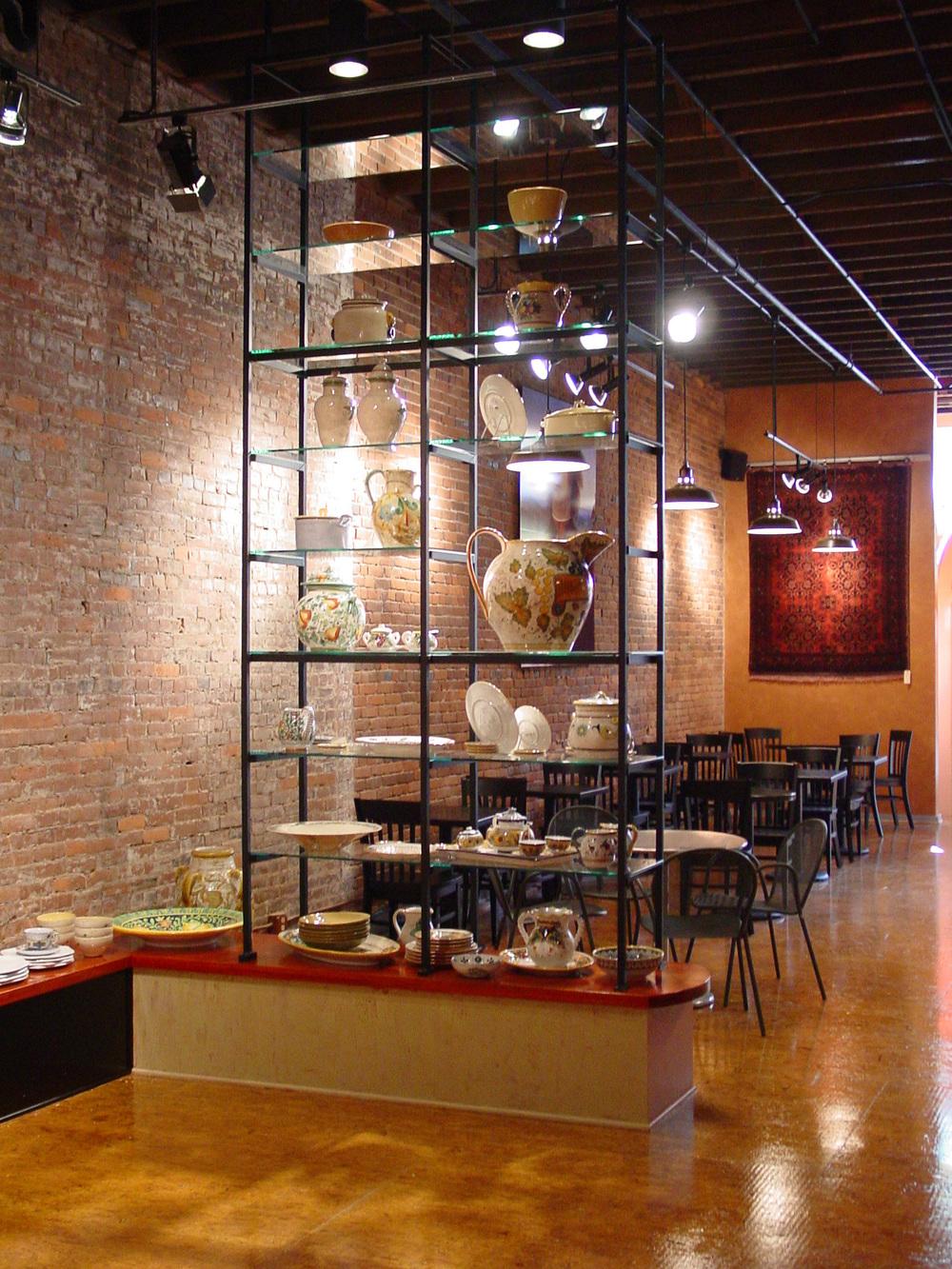 127_04_Perugino_shelves.jpg