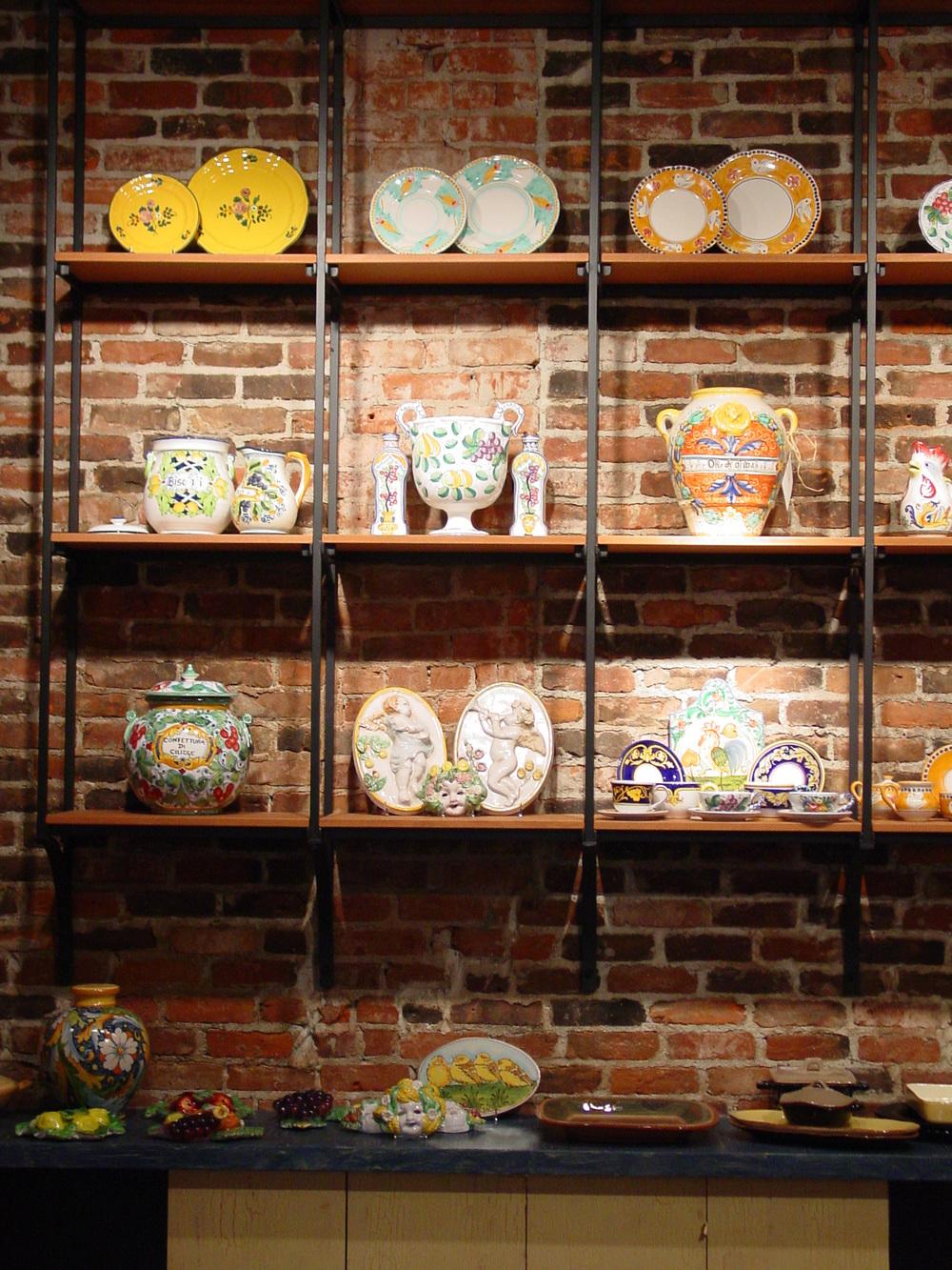 127_09_Perugino_shelves.jpg