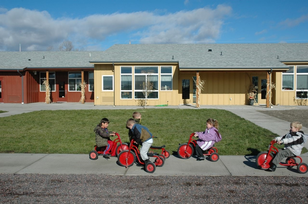 0307_04_Harney_tricycles.jpg