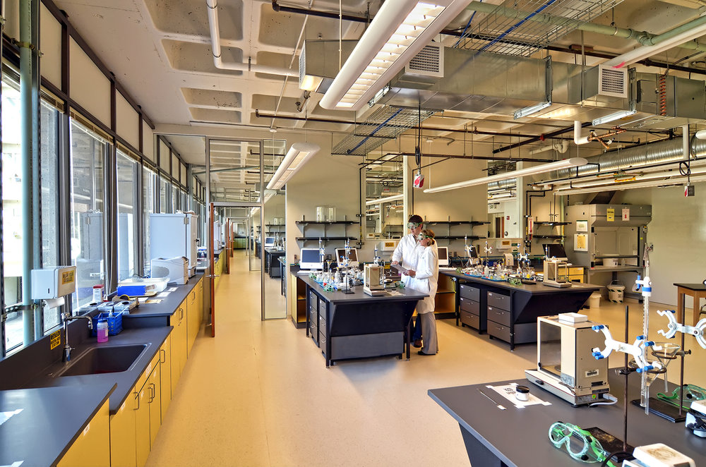 University of Oregon General Chemistry Labs