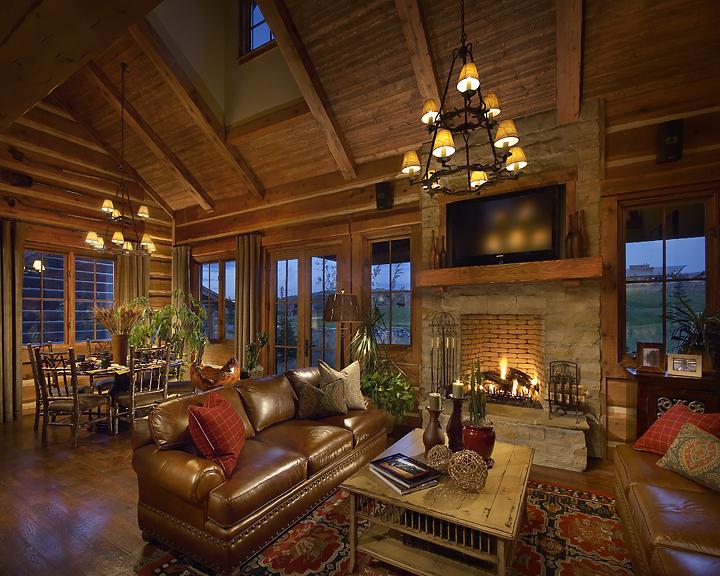07-152-04 Living Room.jpg