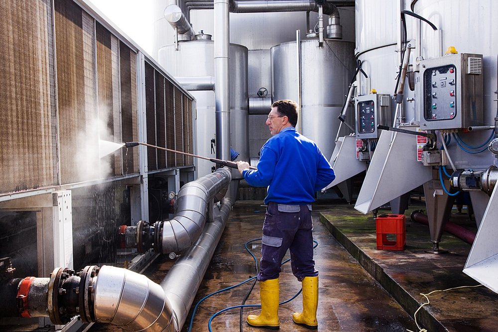 cleaning-industrial.jpg