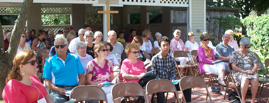 """Summer 2012 """"Come as  You Are""""Outdoor Worship in theshade or sun and breeze of the Gazeebo  and patio behind the church"""