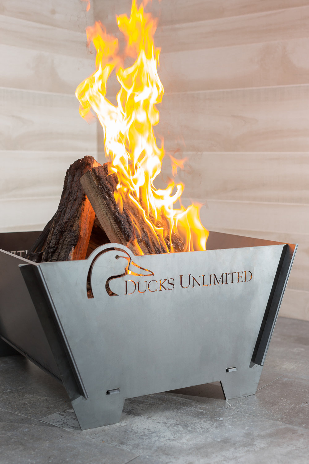 Kansas City commercial product photographer | Metal Fire Pit Photo | Commercial Studio Photographer KC www.anthem-photo.com 3.jpg