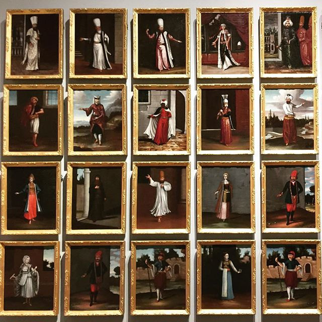 A bygone #era #photojournalists #exhibition wall #dutchgoldenagepainting