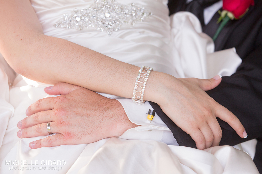 WhiteCliffsWedding_NorthboroughMA_MichelleGirardPhotography_26.jpg