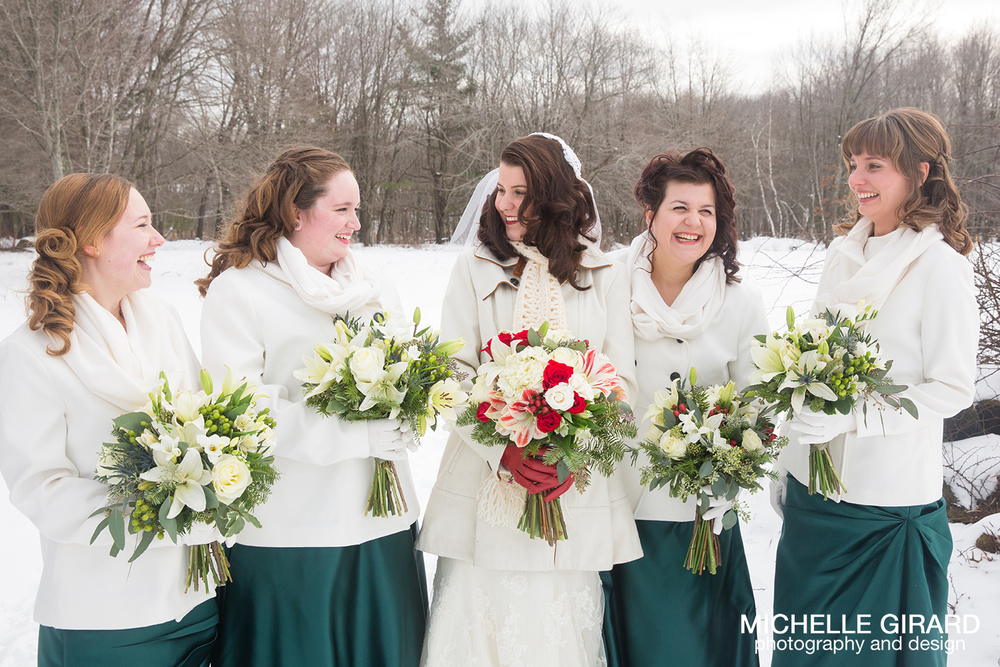 WinterWedding_SalemCrossInn_MichelleGirardPhotography19.jpg