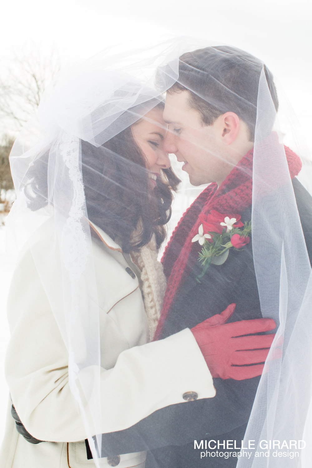 WinterWedding_SalemCrossInn_MichelleGirardPhotography30.jpg