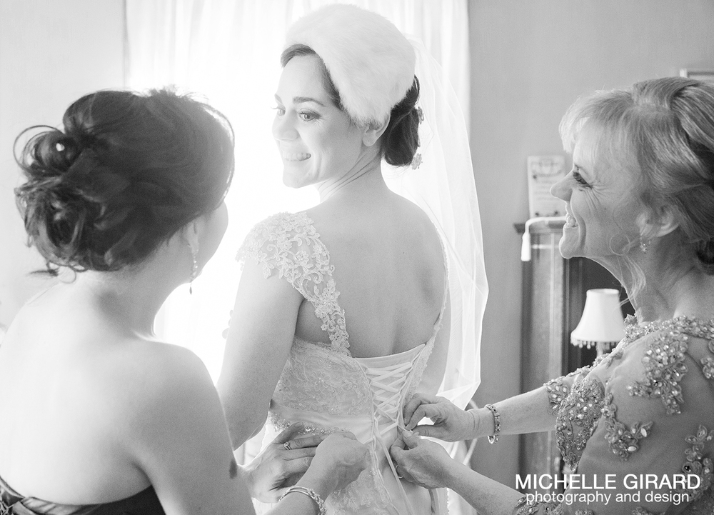 TheRiverviewWinterWedding_SimsburyCT_MichelleGirardPhotography011.jpg