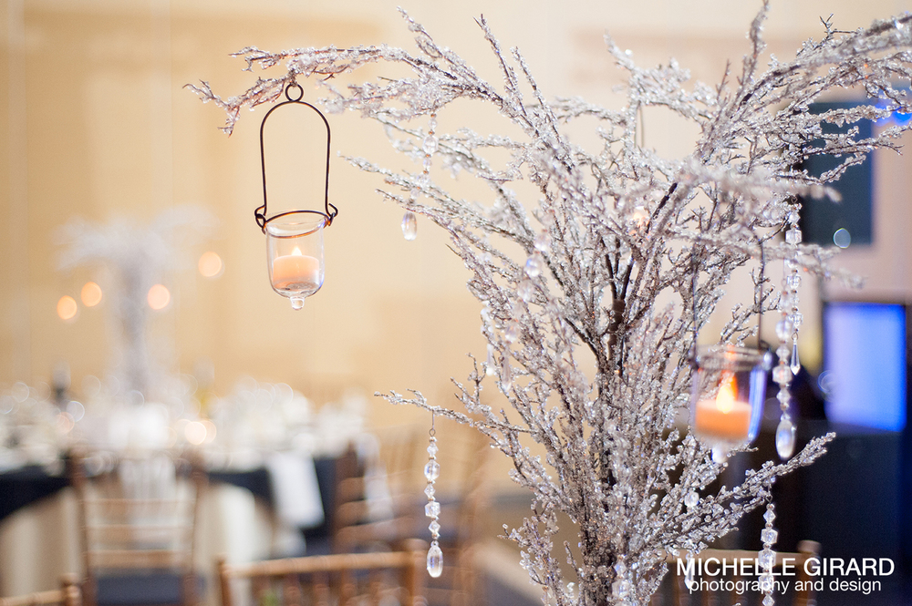 TheRiverviewWinterWedding_SimsburyCT_MichelleGirardPhotography033.jpg
