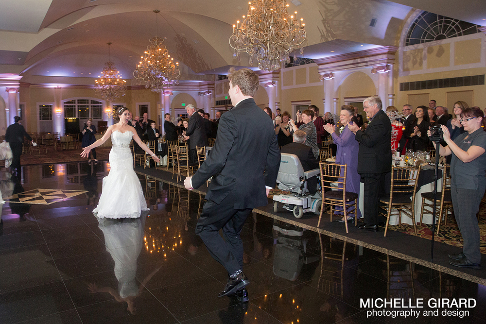 TheRiverviewWinterWedding_SimsburyCT_MichelleGirardPhotography035.jpg