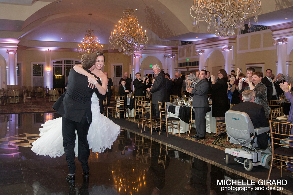 TheRiverviewWinterWedding_SimsburyCT_MichelleGirardPhotography036.jpg