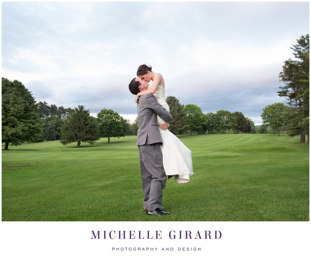 TheCountryClubofPittsfieldWedding_BerkshireWedding_MichelleGirardPhotography05.jpg
