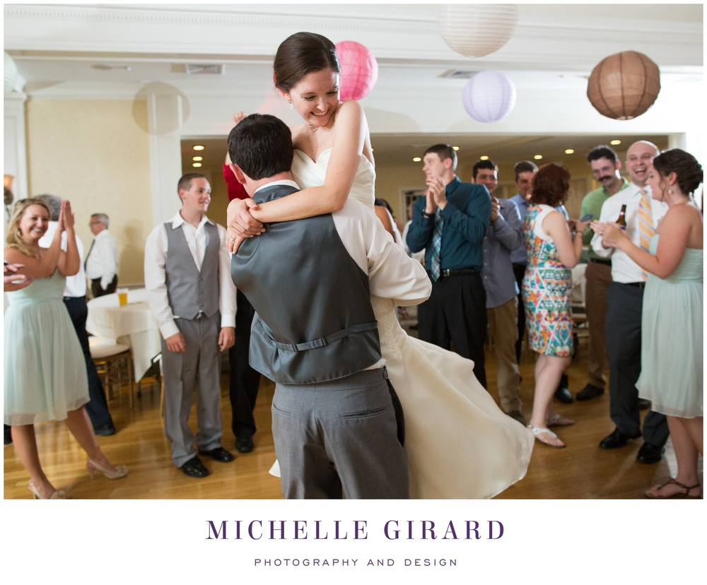 TheCountryClubofPittsfieldWedding_BerkshireWedding_MichelleGirardPhotography06.jpg