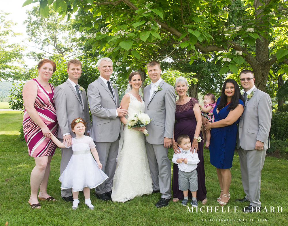 InterlakenInnSummerWedding_LakevilleCT_MichelleGirardPhotography004.jpg