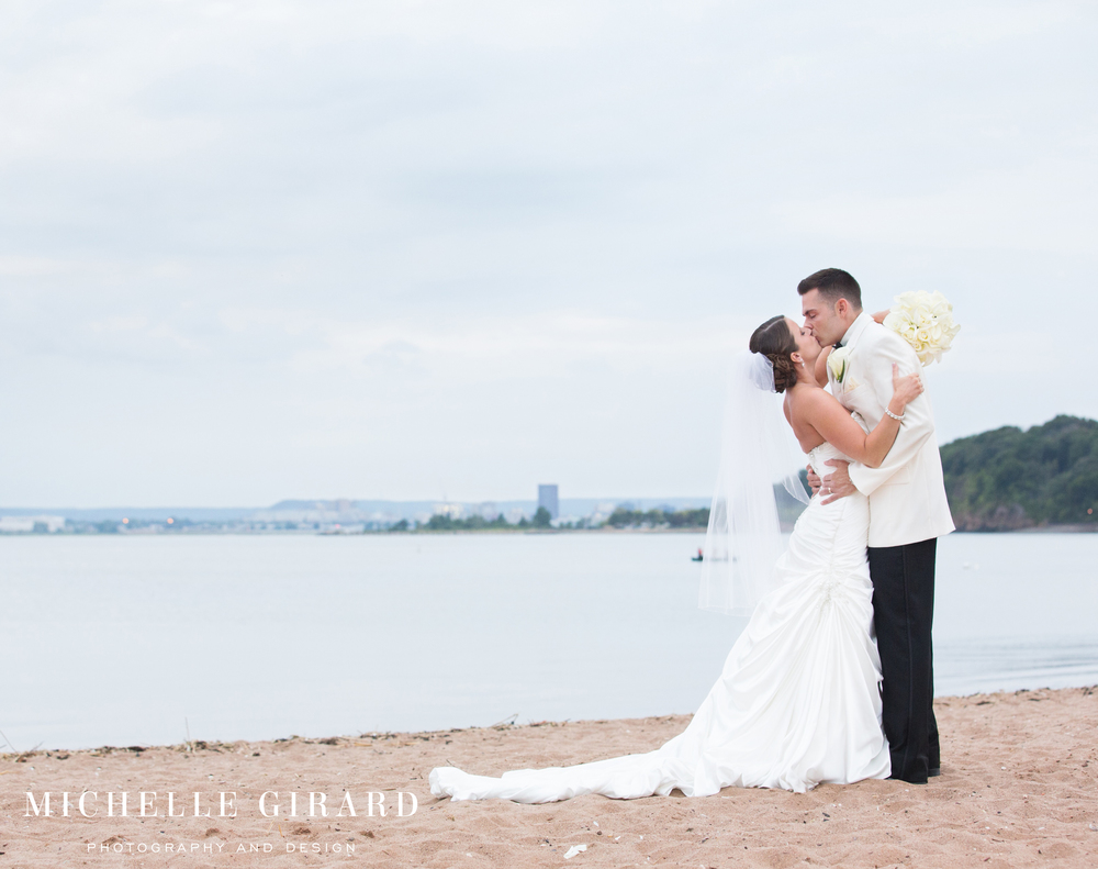AnthonysOceanViewWedding_NewHavenCT_MichelleGirardPhotography2.jpg