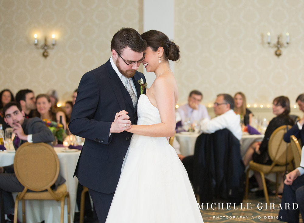 LordJefferyInnWedding_AmherstMA_MichelleGirardPhotography005.jpg