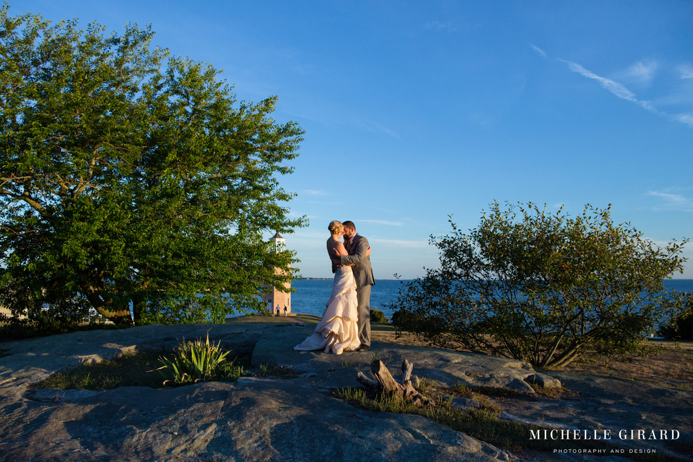 BranfordHouseWedding_GrotonCT_MichelleGirardPhotography03.jpg