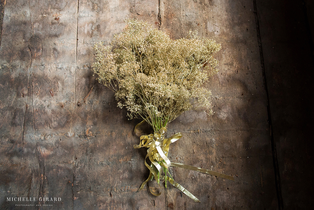 Mill1Wedding_GoldWeddingDetails_MichelleGirardPhotography4.jpg