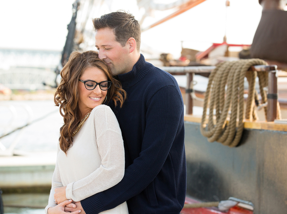 New-London-Long-Island-Ferry-Engagement-Session-MichelleGirardPhotography01.jpg